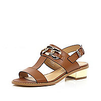 Light brown T bar chain trim sandals