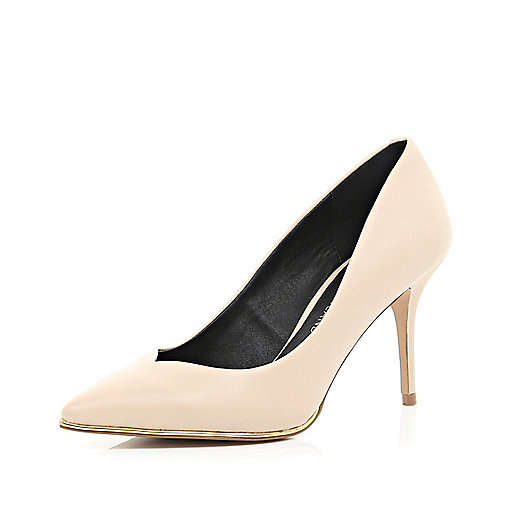 Beige metal trim court shoes