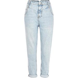 Light wash slim Mom jeans