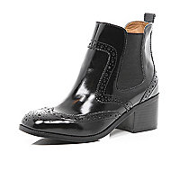 Black square toe Chelsea boot
