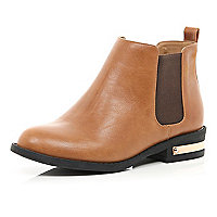 Tan metal trim Chelsea boots