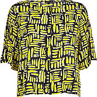 Yellow printed boxy t-shirt