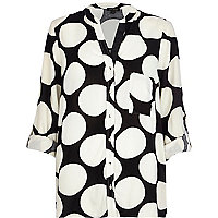 Black spotted shirt