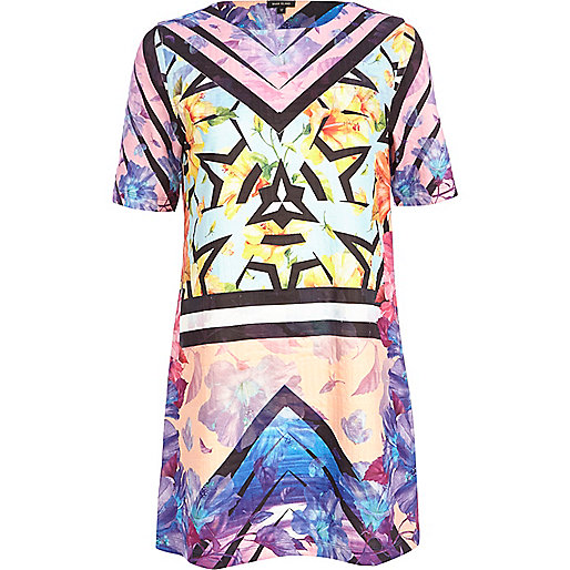 Pink graphic abstract print t-shirt dress