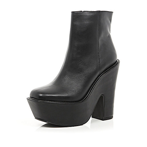 Black square toe platform boots