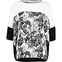 Black and white floral print oversized top
