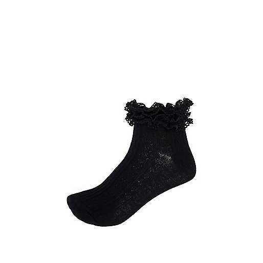 Black cable knit frilly socks