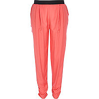 Coral joggers