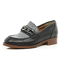 Black leather two-tone chain trim loafers