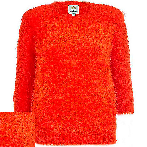 Red fluffy 3/4 sleeve jumper