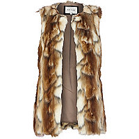 Light brown faux fur gilet