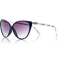 Navy snake arm cat eye sunglasses