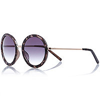 Grey tortoise shell round sunglasses