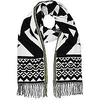 Black aztec print blanket scarf