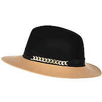 Camel two-tone chain trim fedora hat
