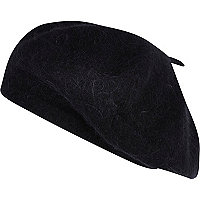 Black fluffy wool beret
