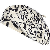 Cream leopard print fluffy beret hat