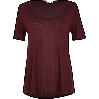 Dark red low scoop t-shirt
