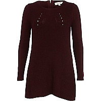 Dark red panel detail swing tunic