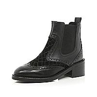 Black contrast panel Chelsea boots