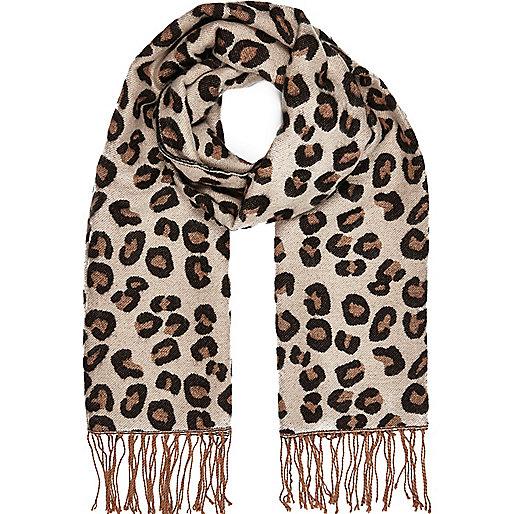 Brown leopard print blanket scarf