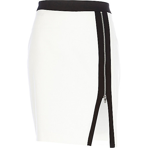 White zip front pencil skirt