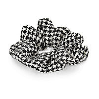 Black dogtooth scrunchie