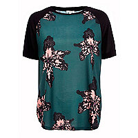 Dark green floral split side t-shirt