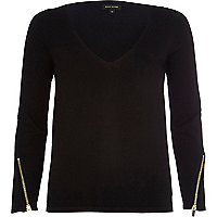 Black fine knit V neck top
