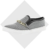White chain trim plimsolls