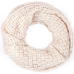 Cream loose knit snood