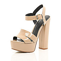 Nude patent leather platform sandals