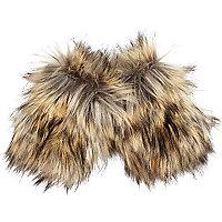 Beige faux fur armwarmers