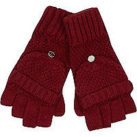 Red knitted mitten gloves