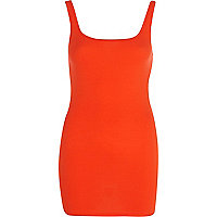 Red scoop neck longline vest top