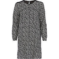 Black and white print long sleeve swing dress