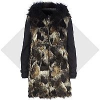 Black faux fur contrast sleeve coat