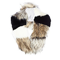 Cream colour block faux fur collar