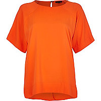 Orange oversized raglan sleeve t-shirt