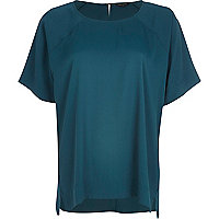 Dark green oversized raglan sleeve t-shirt