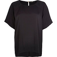 Black oversized raglan sleeve t-shirt