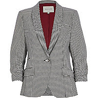 Black dogtooth blazer