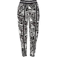 Black and white geometric print joggers
