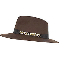 Brown chain trim fedora hat
