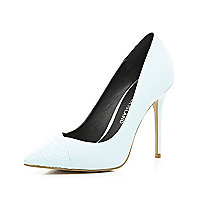 Light blue contrast toe cap point court shoes