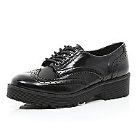 Black patent cunky brogues