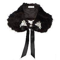 Black faux fur embellished collar