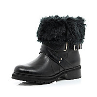 Black faux fur lined biker boots