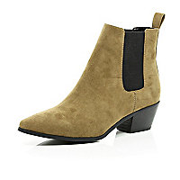 Light brown suede pointed toe Chelsea boots