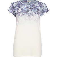 Blue floral ombre print fitted t-shirt